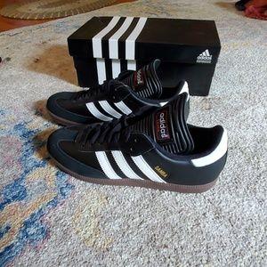 NWT Adidas Sambas